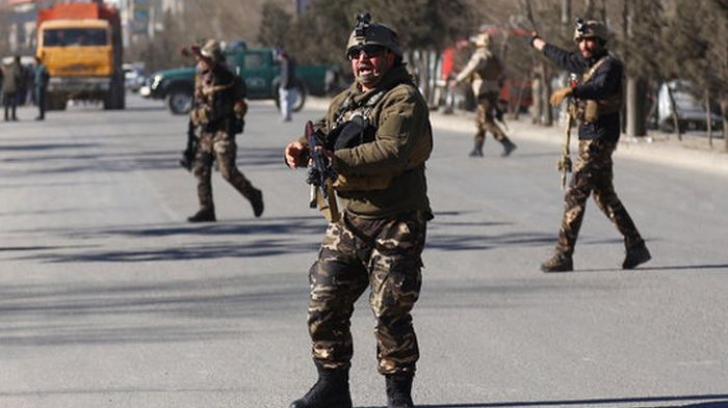 Atentat sinucigaş în Afganistan: Cel puţin 5 morţi şi 12 răniţi
