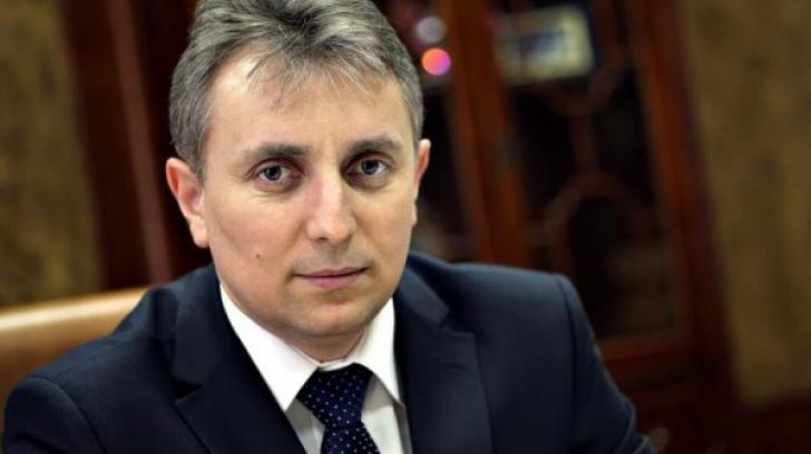 """SCANDAL în Parlament. Lucian Bode: """"Îi cer demisia ministrului Stroe"""""""