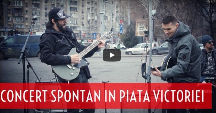 Concert spontan in Piata Victoriei