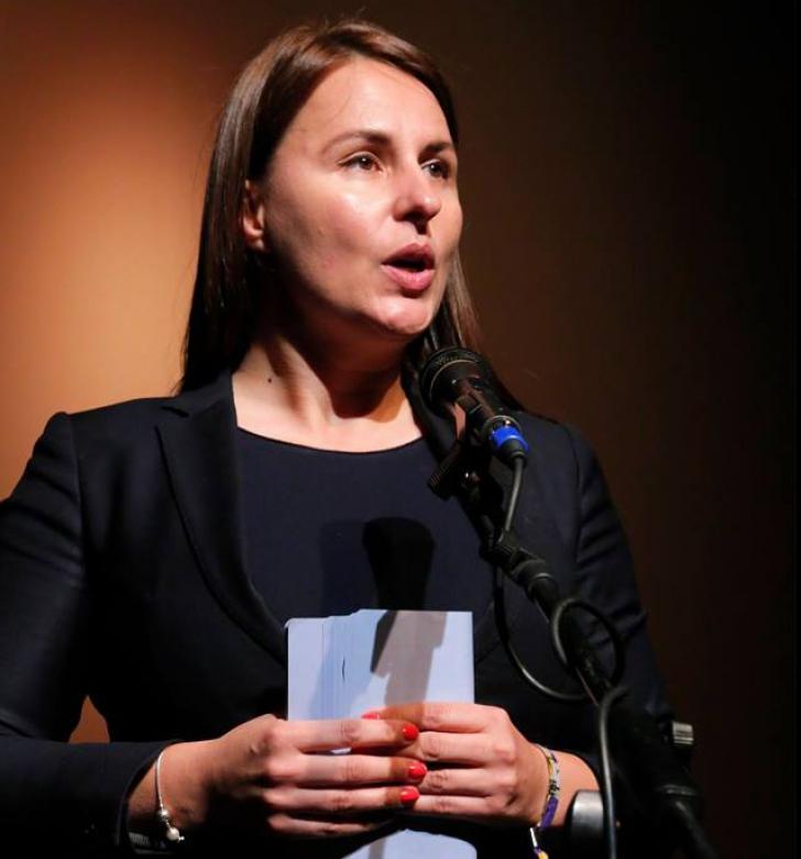 Întrebarea liberalei Hilde Brandl pentru PSD-ALDE: ,,Proxeneții și traficanții sunt tot ai voștri?''