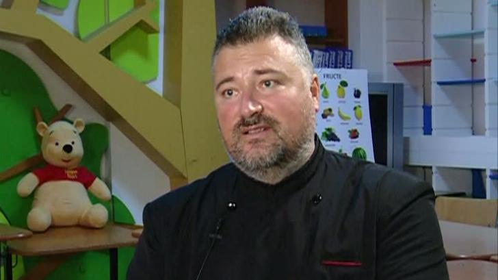 """Ziua Naţională. Preotul Gabriel Cazacu, de la Centrul """"Sfânta Macrina"""", o viaţă dedicată copiilor"""