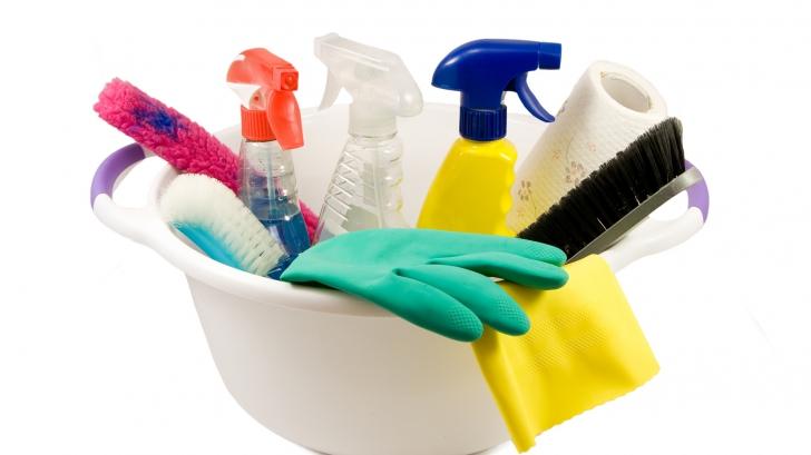 Trucuri pentru curățenia de Crăciun cu metode naturale