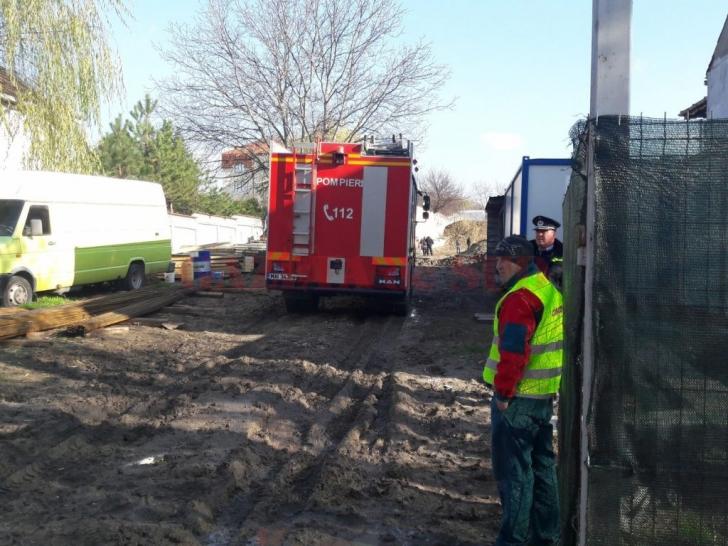 Mal de pământ SURPAT peste doi muncitori, în Craiova. Niciunul dintre ei nu a supravieţuit