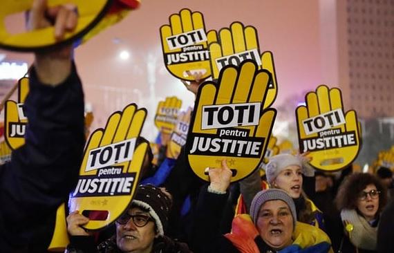 """Presa din Occident, cu ochii pe protestele din România: """"Ţara care dezincriminează corupţia"""""""