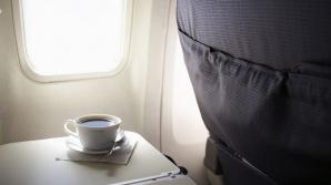 De ce NU ar trebui să bei niciodată cafea în avion