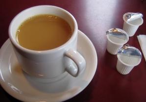 Cât de sănătoasă este, de fapt, cafeaua cu lapte