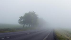 Ceaţă şi vizibilitate redusă în 12 judeţe, luni dimineaţa