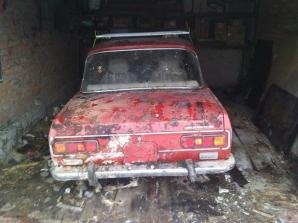 Un Moskvici lăsat într-un garaj timp de 25 de ani