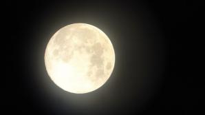 Cum ne influențează viaţa cele două Super Luni din ianuarie 2018