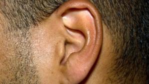 Simți mâncărimi în interiorul urechii? Iată care este adevărata cauză