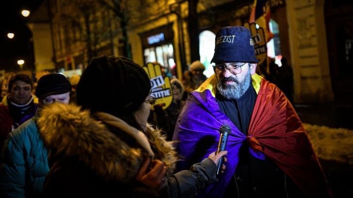#REZIST. Protestatarii, la capătul puterilor: Vă las să vă canibalizaţi orgoliile politice între voi