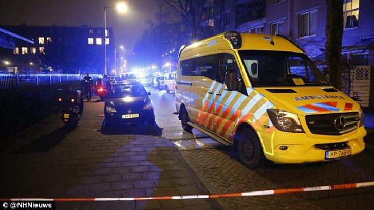 Atac armat în Amsterdam: cel puţin o persoană şi-a pierdut viaţa. Alte două, rănite