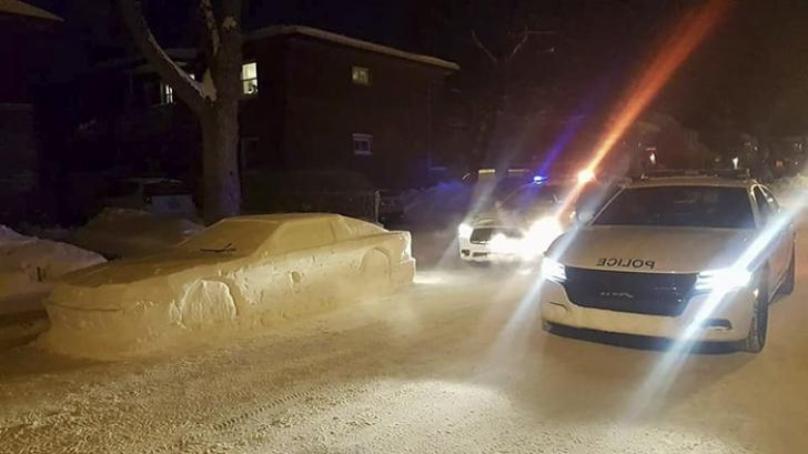 Poliţia a lăsat o amendă pe parbriz pentru că maşina încurca deszăpezirea. S-au făcut de râs. Ce era