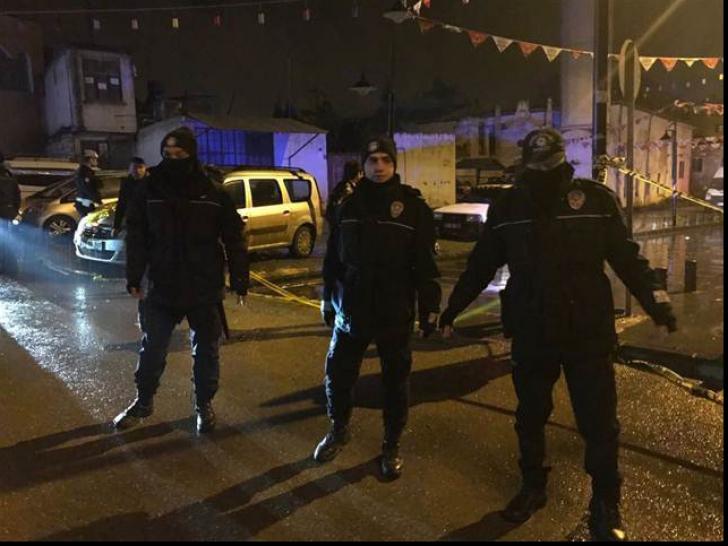 Rachete lansate din Siria au căzut într-un oraş din Turcia: cel puţin două persoane, ucise