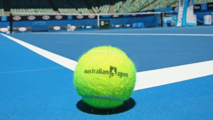 Australian Open: româncă, eliminată luni dimineaţă, după un meci fără istoric: 2-6, 3-6