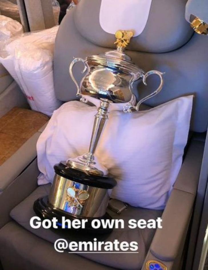 Gestul ciudat făcut de Caroline Wozniacki după victoria în fața lui Halep. S-a întâmplat în avion