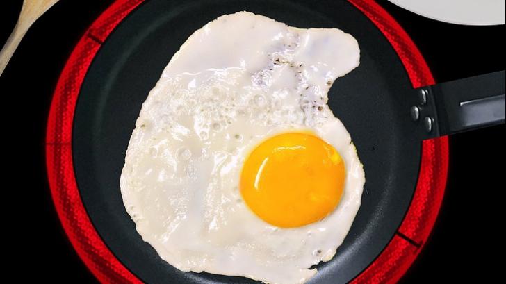 De ce să nu mai consumi niciodată doar albușul ouălor