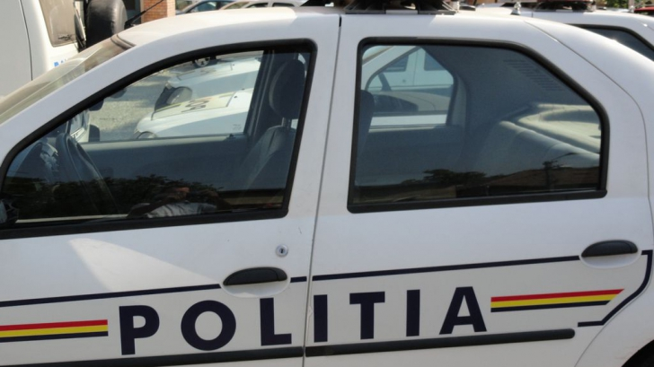Tragedie: maşină urmărită de poliţişti, implicată într-un accident. Un tânăr a murit