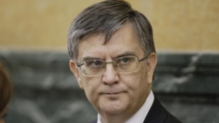 Protest față de noul ministru al Educației! Rectorul Universității din București și-a dat DEMISIA