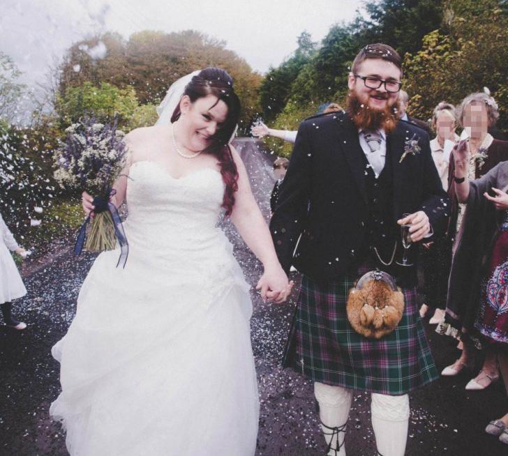 La 3 zile după nuntă, mireasa s-a uitat în laptopul soţului. I-a aflat secretul mizerabil.A divorţat