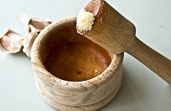 De ce NU se pune sare în mujdeiul de usturoi