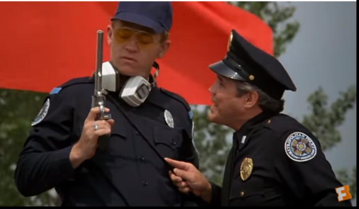 A murit realizatorul celebrei comedii ,,Academia de Poliție''(VIDEO)
