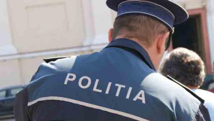 Ce a pățit un bărbat care a jignit un polițist pe o rețea de socializare