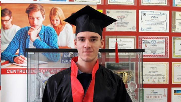 "Elev român admis la Oxford, la specializarea ""Computer Science"""