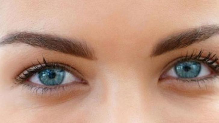 Imagini pentru ochi albastri