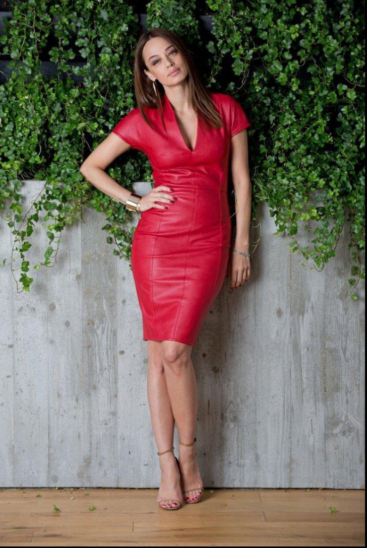 5 rochii superbe din colectia Andreea Raicu. Ce preturi au