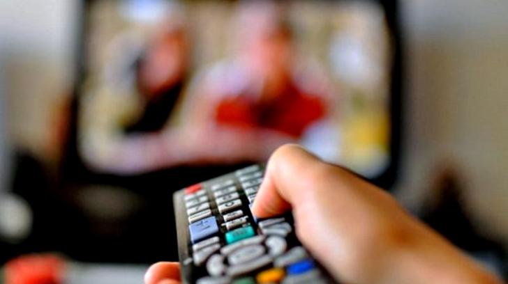 SONDAJ - De unde se informează românii: Topul principalelor televiziuni și radiouri