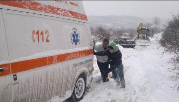Accident ÎNGROZITOR pe Șantierul Naval Tulcea. Un muncitor a murit pe loc
