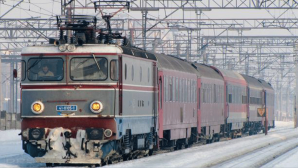 Trenurile circulă în condiţii de iarnă