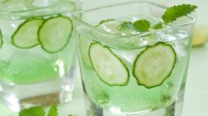 De ce e bine să bei zilnic apă cu castraveți