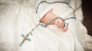 Sfântul Sinod a decis: FĂRĂ filmări ale nunţilor şi botezurilor în biserică