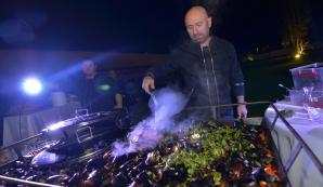 Chef Cătălin Scărlătescu îţi pregăteşte cina de Valentine's Day!