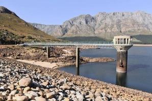 Cape Town traversează o criză de apă fără precedent