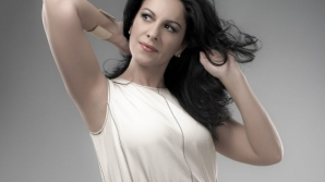 """Celebra Angela Gheorghiu, recompensată cu """"Victoire d'Honneur"""" la Victoires de la Musique Classique"""