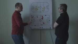 Fotbal infinit, comedia lui Corneliu Porumboiu despre fotbal și condiția umană