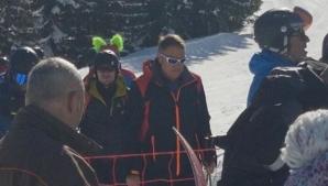 Klaus Iohannis se relaxează la munte, la schi, după vacanţa din Tenerife