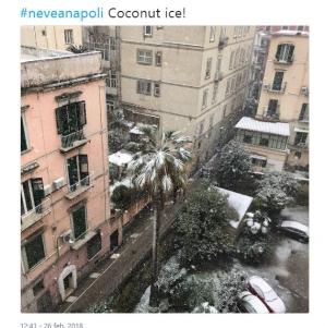 Zăpadă la Napoli