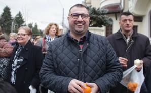 """Protest la Palatul Cotroceni, împotriva """"portocalelor toxice"""" de Ploieşti / Foto: Inquam Photos / Octav Ganea"""