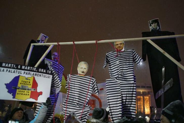Protest în Capitală, duminică seară. FOTO:Inquam Photos / Octav Ganea
