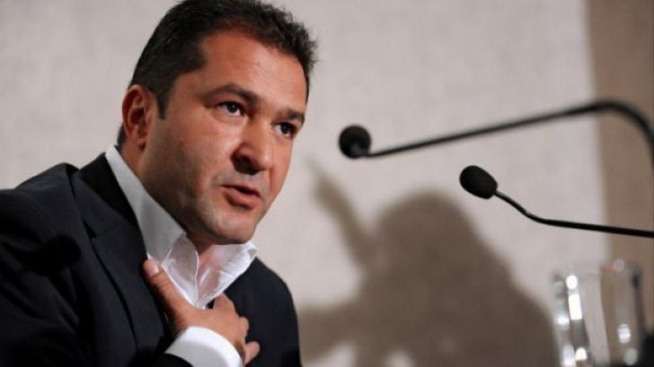Prin intermediul postului B1 TV, omul de afaceri Elan Schwartzenberg a atacat Realitatea TV