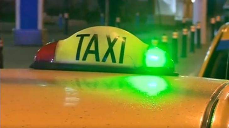 Reacția violentă a unui taximetrist când o clientă îi se cere să pornească aparatul de taxat