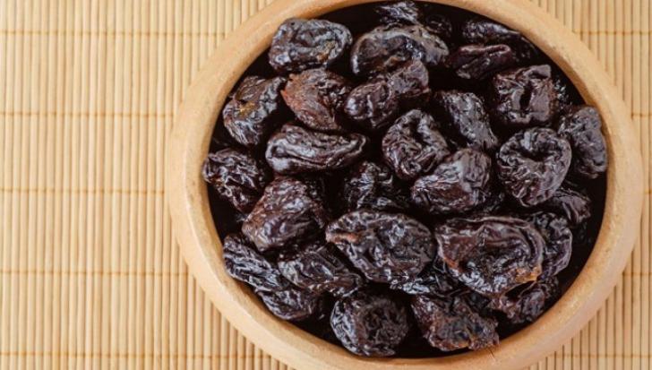 Prunele uscate, miracole pentru sănătate
