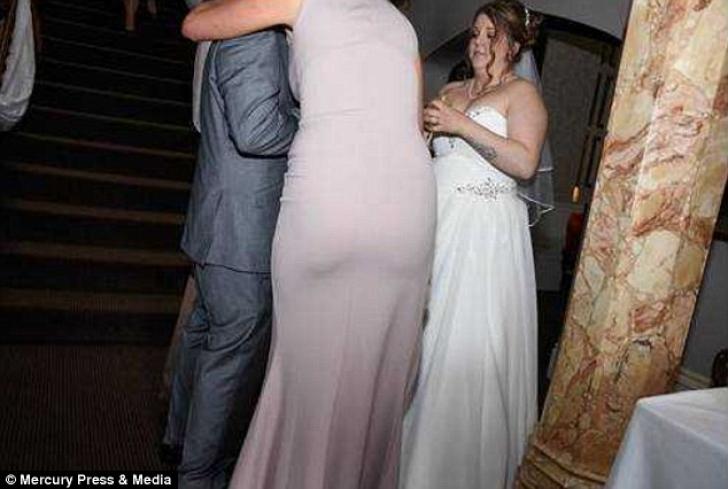 Fotografiile de nuntă care i-au făcut pe miri de ruşine. Ce a surprins fotograful