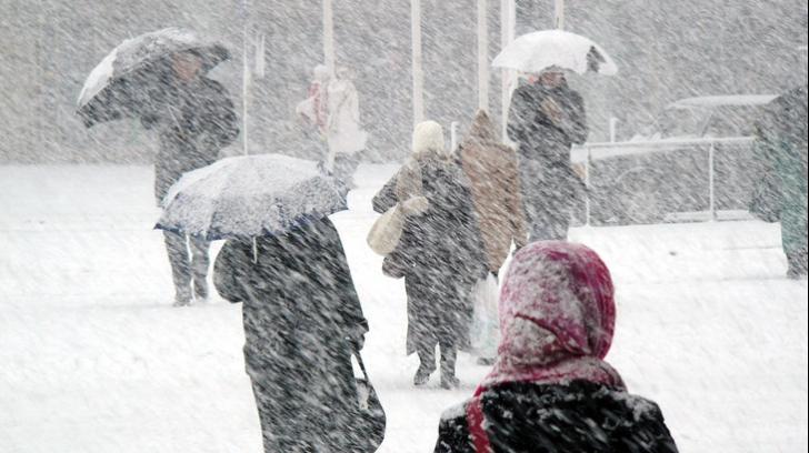 Atenţionare de călătorie pentru Bulgaria: COD ROŞU de ninsori şi vânt puternic în ţara vecină