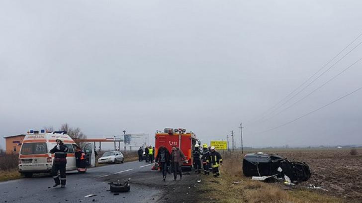 Accident mortal în Satu Mare: doi șoferi au rămas încarcerați