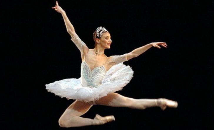 Balerina Alina Cojocaru, premiu important în Marea Britanie